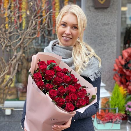 Bouquet Promo! 25 red roses