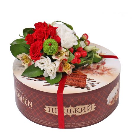 Product Cake with flower arrangement
